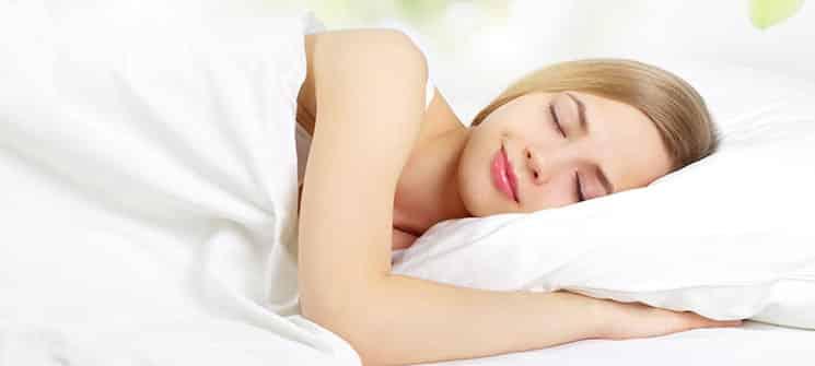 gesunder schlaf beginnt am kopf einfach gesund schlafen das schlaf magazin. Black Bedroom Furniture Sets. Home Design Ideas
