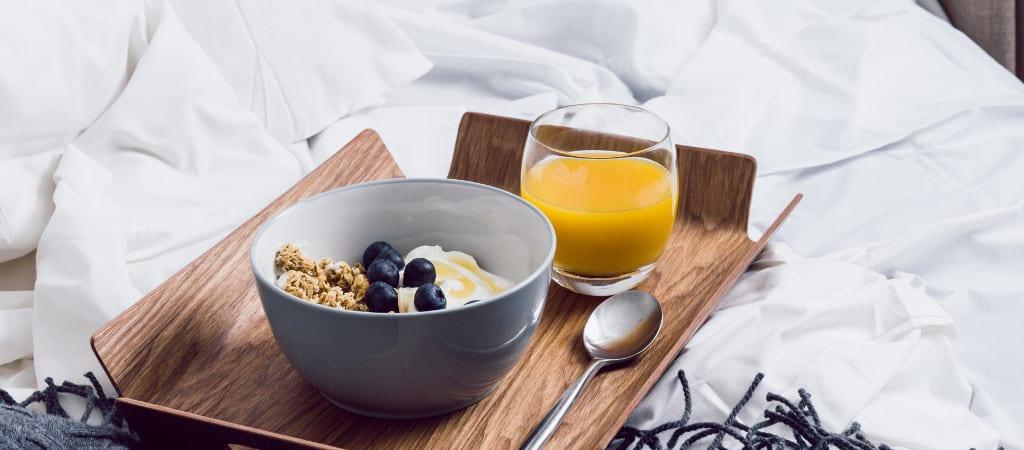 Deathtothestockphoto Frühstück im Bett 1024×450