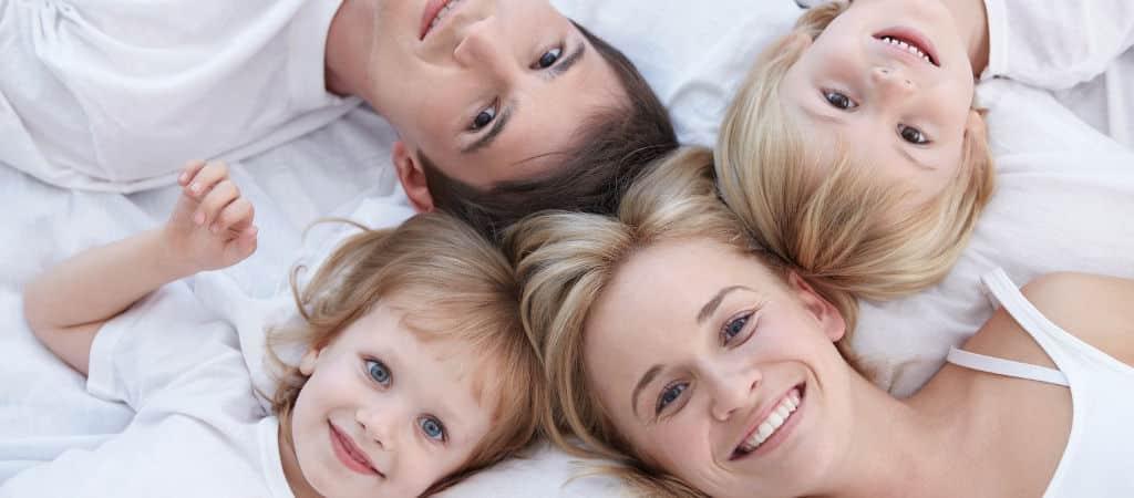 Fotolia Familie 1024×450