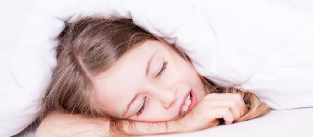 Fotolia Kinder schlafend 1024×450